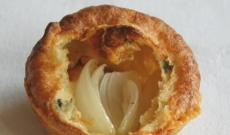 YORKSHIRE PUDDING WITH IBERICO HAM FLAVOUR