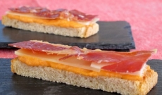 Open sandwiches with Iberico Ham